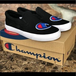 NEW Champion Fringe Slip-On Casual size 2.5